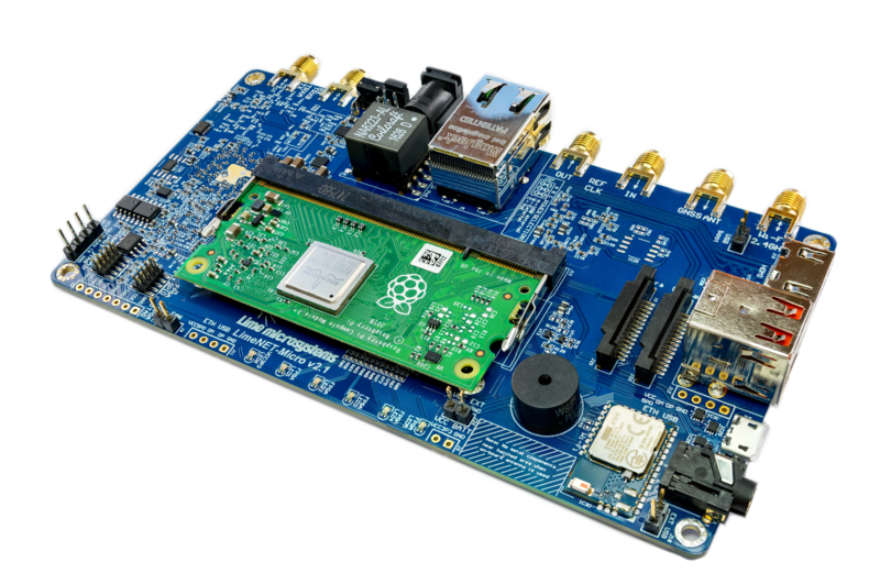 File:LimeSDR-Micro v2.1 board.png